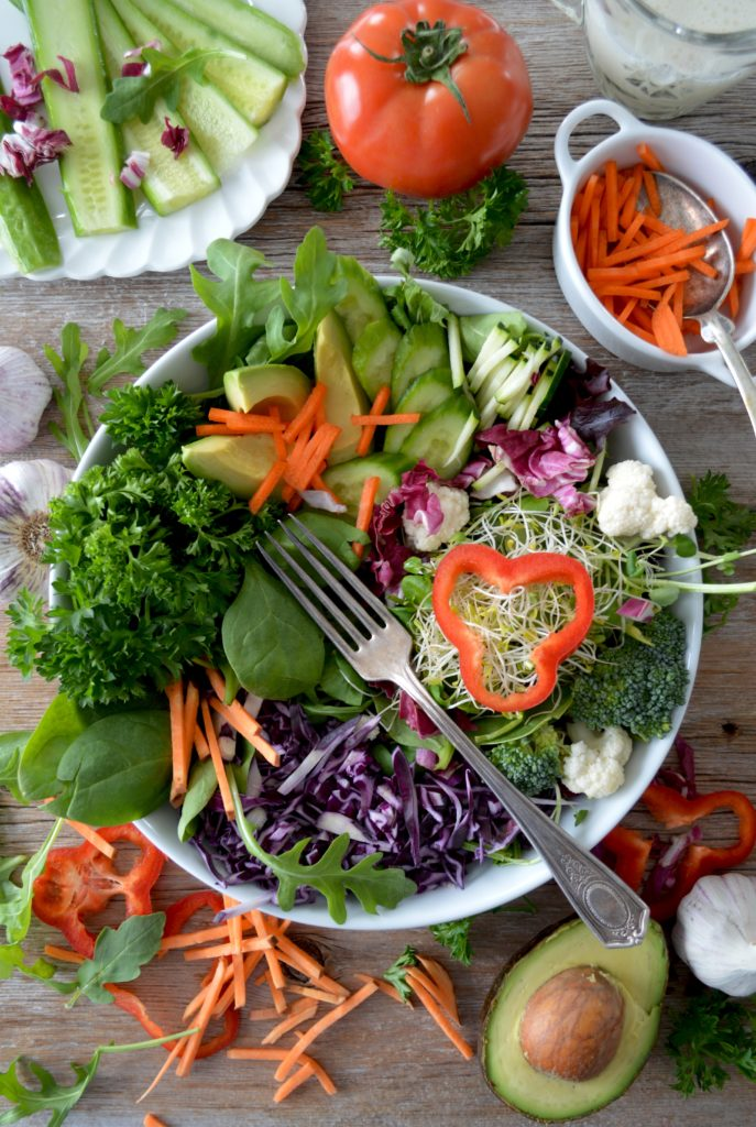The World of Organic Salads to Friends and Family